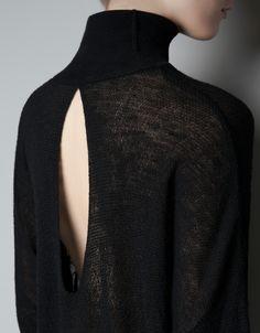 Black open back jumper; chic contemporary knitwear details // Zara