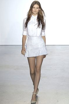 Antonio Berardi Spring 2007 Ready-to-Wear Fashion Show - Anna Kuznetsova