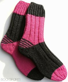 Knitting Patterns Socks Me too . me auuuuuch! The socks have something . Pattern: Two Tone Sock . Knitting Socks, Hand Knitting, Knitting Patterns, Knit Socks, Funky Socks, Colorful Socks, Sexy Socks, Patterned Socks, Boot Cuffs