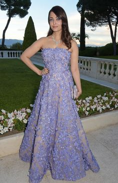 Cannes AmfAR Gala Red Carpet: Gigi Hadid, Kendall Jenner More: Glamour.com