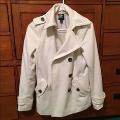 GAP pea coat Winter white peacoat in perfect condition! GAP Jackets & Coats