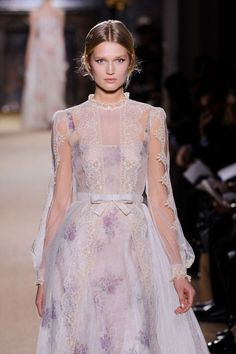 143 photos of Valentino at Couture Spring 2012.