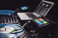 Fresh setup featuring gear from Hip Hop Dj, Serato Dj, Top Dj, Dj Setup, Pioneer Dj, Dj Gear, Best Dj, Best Laptops, Dubstep