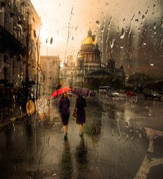 Rainy Cityscape Photography – Fubiz™