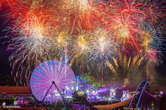 Fireworks ignite the sky at EDC Las Vegas. Photo – Electric Daisy Carnival (EDC) – Facebook.