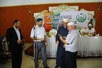 Как известно, за угощение постящихся в месяц Рамадан есть особое вознаграждение и поэтому ЦДУМ-Таврический Муфтият, возрождая традицию совместных ифтаров, на протяжении более 5 лет организовывает и пр...