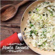 ARROZ COM CEBOLINHA, dá um UP no arroz de ontem A cebolinha, contém água necessária para hidratar o arroz amanhecido. Fica show! ;) http://www.montaencanta.com.br/dia-a-dia/em-cima-da-hora-dia-a-dia/arroz-com-cebolinha/
