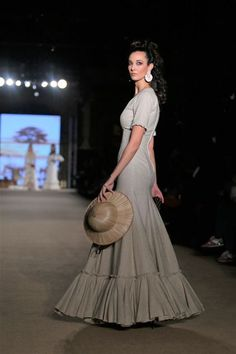 Belén Vargas Cotton Blouses, Diy Clothes, Gowns, Style Inspiration, My Style, Skirts, How To Wear, Black, Dresses