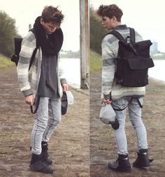 ESC(APE) / H&M Cardigan, Zara Shirt, Pull & Bear Skinny Jeans, Bershka Neoprene Backpack