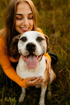 Kaitlin - Class of 2020 - Rochester, Michigan — Gracefully Made Photography Summer Senior Pictures, Senior Photos Girls, Senior Girls, Photos With Dog, Poses For Pictures, Senior Photo Outfits, Graduation Picture Poses, Dog Poses, Senior Portraits