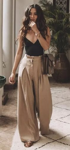 45 cutest summer outfits to try - Wass Sell outfits - cute outfit. 45 cutest summer outfits to try - Wass Sell outfits - cute outfits - 45 süßeste Sommeroutfits zum Probieren - Wass Sell Die mächtigsten Frauen in Business Wear Kleide Mode Outfits, Casual Outfits, Fashion Outfits, Classy Outfits, Tank Top Outfits, Ankara Fashion, Woman Outfits, Fashionable Outfits, Country Outfits