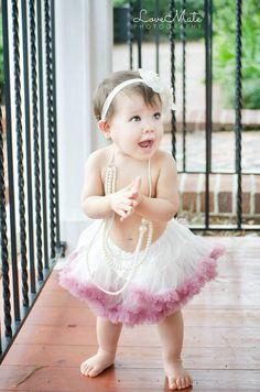 Baby girl cake smash photoshoot - photography - orlando - tutu - pearls - central Florida photographer - LoveMatePhotography.com