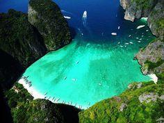 Maya Bay - Phi Phi Island - Krabi, Thailand
