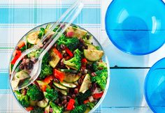 Broccoli Black Bean Salad - Easy #lunch to throw together and so delicious! #CanolaInfo