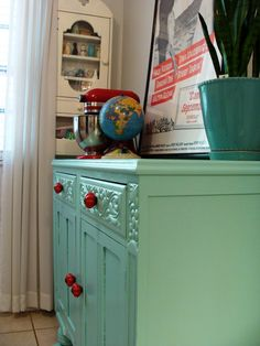 1000 images about chalk paint on pinterest antibes for Painting over lead paint on furniture
