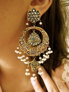 .Huge jhumkas to be paired with salwar kameez