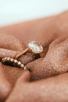 Get the best choosing wedding rings Types Of Gems, Types Of Rings, Platinum Wedding, Platinum Ring, Diamond Wedding Rings, Wedding Bands, Wedding Stuff, Romantic Things, Engraved Rings