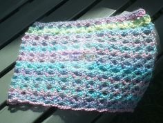 Light & Lacey Cowl