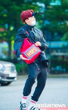 Alguém pode pfv me informar onde compro esa mochila
