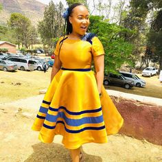 African Outfits, African Attire, African Wear, African Fashion Dresses, Fashion Outfits, Traditional African Clothing, Traditional Dresses, African Print Fashion, African Prints