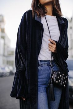 Been looking for a velvet coat everywhere, I'm glad I found this one from this Persian brand No Fux, it's always nice to wear something that has the same heritage as you… I love the easiness of this piece and how I can wear it with denim or with a dress/skirt. Very versatile. Definitely a...