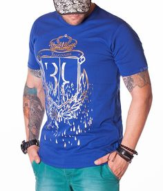 Billionaire Crown T-Shirt - Blue Color: Blue Crew neck collar Print Billionaire logo on the front Billionaire logo on the left sleeve Cotton Plain back. Navy Color, Color Azul, Blue Crew, Gold Crown, Manga, Neck Collar, Neck T Shirt, Crew Neck, Designer Clothing