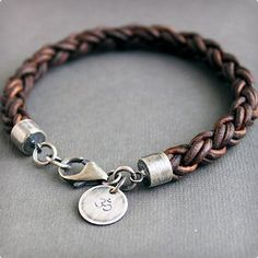 Check the way to make a special photo charms, and add it into your Pandora bracelets. Mens Natural Brown Leather Bracelet Thick Braided Sterling Silver via Etsy. Denim Armband, Ring Armband, Christmas Gifts For Boyfriend, Boyfriend Gifts, Leather Men, Brown Leather, Leather Cuffs, Leather Jackets, Pink Leather