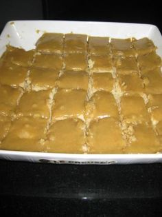 Still searching for the perfect ginger crunch recipe, this is from an old Kiwi recipe book. Köstliche Desserts, Delicious Desserts, Dessert Recipes, Yummy Food, Ginger Nutrition, Fudge, Cooking Time, Cooking Recipes, Crunch Recipe