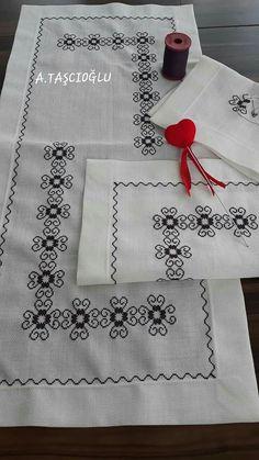 Cross Stitch Boarders, Cute Cross Stitch, Cross Stitch Designs, Cross Stitch Embroidery, Cross Stitch Patterns, Hand Embroidery Design Patterns, Swedish Weaving, Crochet Bedspread, Bead Jewellery