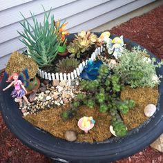Fairy garden in bird bath - now with fairies!