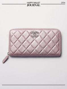 運気アップのお財布もシャネルで決まり!