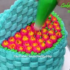 Blue Basket Cake - Piping Technique Decoration art et decoration Cake Decorating Frosting, Cake Decorating Videos, Cake Decorating Techniques, Cookie Decorating, Cake Icing, Eat Cake, Cupcake Cakes, Cupcakes, Cake Piping Techniques