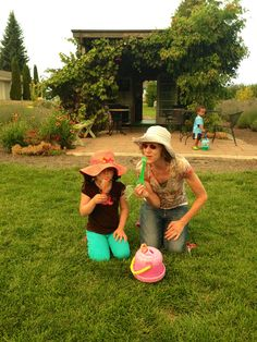 """This sweet little lady asked me if I wanted to blow bubbles with her, I replied """"of course!1 of those simple things that warms my heart. #lavenderfarm #hoodriverlavender #hoodriver #bubbles #sweetgirl #onthefarm"""