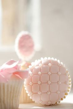 Quilted Pearl Cupcake #baking #shabbychic #cupcakes