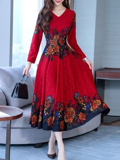 Sweet Heart Floral Printed Maxi Dress # Buy Affordable And Fashionable Women's clothing Online. Buy Shoes, Bags, Dresses Etc Chiffon Maxi Dress, Maxi Dress With Sleeves, Motif Corset, Polka Dot Maxi Dresses, Dress Silhouette, Sweet Dress, Buy Dress, Fashion Dresses, Xl Fashion