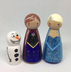 Anna & Elsa Frozen Inspired Peg Dolls by LittlePegg