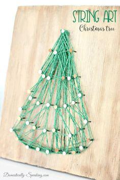 String Art Christmas Tree via @domesticallyspeaking Easy DIY Christmas Project #christmas #ChristmasTree #holidaydecor