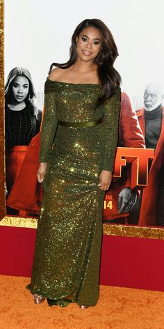 Regina Hall dazzled in a Jason Wu gown at the premiere of the new Shaft film. Celebrity Red Carpet, Celebrity Style, 15 Dresses, Summer Dresses, Regina Hall, Lab, Leather Mini Dress, Wedding Art, Latest Outfits
