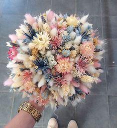"""Лавандовый Замок pe Instagram: """"Когда нежность и красота свадебного букета зашкаливают 😍🌸🦄🌿"""" Dried Flower Bouquet, Flower Bouquet Wedding, Dried Flowers, Lavender Bouquet, Deco Floral, Floral Design, Flower Aesthetic, Floral Bouquets, Planting Flowers"""