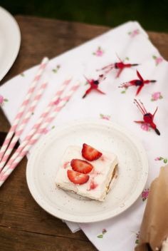 Strawberry and Ginger Nut Cheesecake