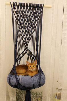 Macrame Art, Macrame Design, Macrame Projects, Gifts For Pet Lovers, Pet Gifts, Cat Hammock, Cat Room, Cat Furniture, Furniture Design