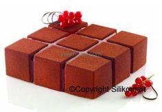 Силиконовая форма Кубик CUBIK. Размеры: 172 x 172mm, h 50mm. Объем: 1400ml. Кол-во порций 1 шт.