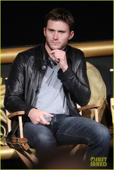 Scott Eastwood Joins Cast of 'Suicide Squad' Movie!