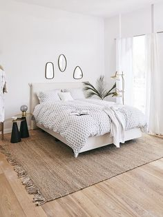 Whatever style you choose from the most modern, rustic, shabby or minimal: ric … - Schlafzimmer Scandinavian Interior Bedroom, Interior Design Living Room, Teen Room Decor, Bedroom Decor, Apartment Makeover, Living Room Trends, Bedroom Carpet, White Bedroom, Dream Rooms
