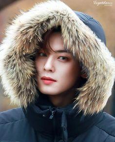 943 Me gusta, 18 comentarios - Cha Eun Woo Astro Eunwoo, Cha Eunwoo Astro, Cha Eun Woo, Lee Dong Min, Hot Asian Men, Asian Boys, Prince, Blue Flames, Sanha