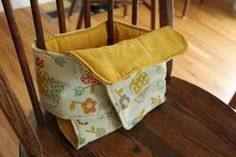 Make your own travel high chair: 2ndstorysewing