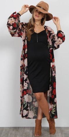 PinkBlush - Where Fashion Meets Motherhood - - Black Floral Chiffon Long Maternity Kimono Source by Long Kimono Outfit, Floral Kimono Outfit, Look Kimono, Dress Long, Floral Kimono Fashion, Fall Kimono, Long Sleeve Kimono, Cute Fashion, Look Fashion