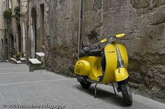 yellow vespa to put in front of the buildings