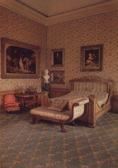 Queen Victoria's bedroom-not as pretty as Marie Antoinette's.