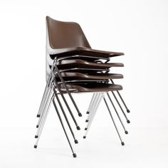 Located using retrostart.com > Polyprop Dinner Chair by Robin Day for Hille